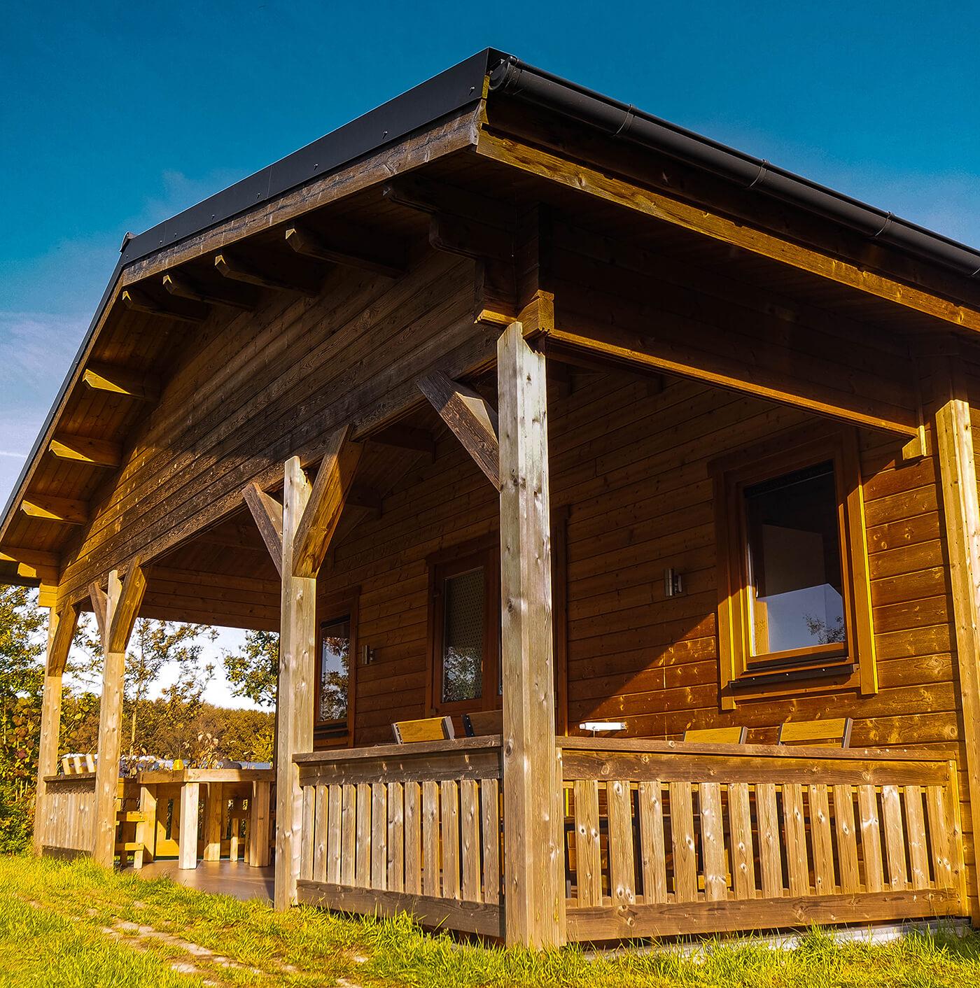 duurzaam hotuen blokhuis geschikt voor (semi)permanente bewoning, home office, kantoor aan huis of mantelzorgwoning